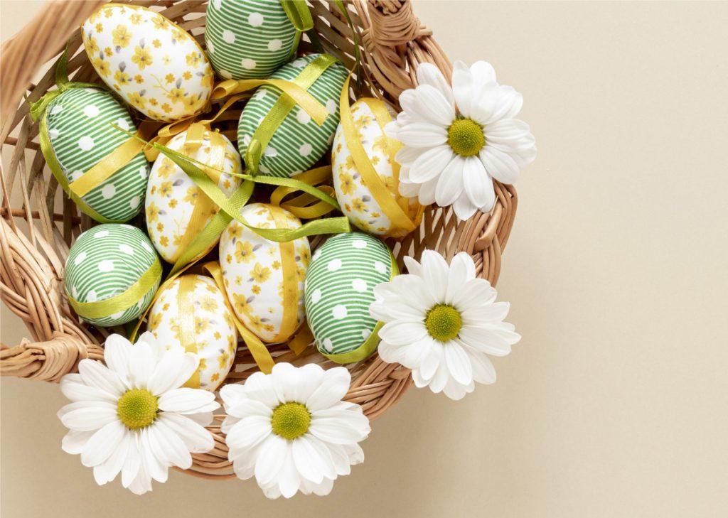 Z okazji zbliżających się Świąt Wielkanocnych składamy najserdeczniejsze życzenia.
